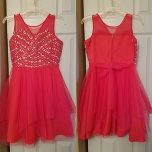 Girl's hot pink formal